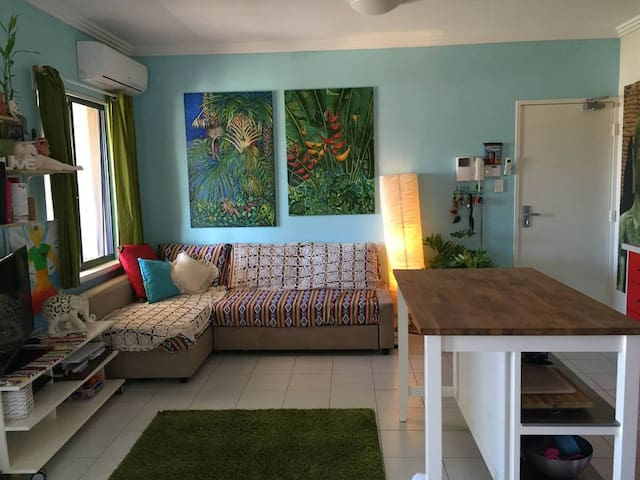 Bedroom for rent, one week minimum(Flexible) - Hamilton Hill - Wohnung