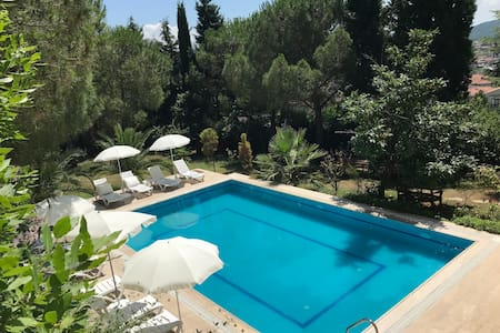 Şile Villa With Private Pool and Garden For Rent