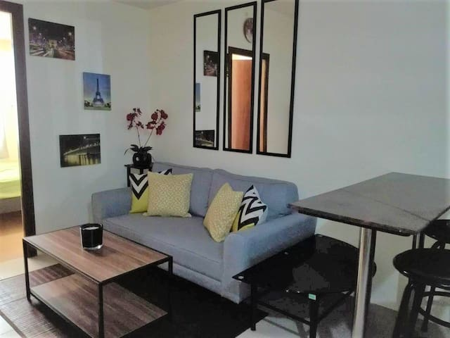 Condo Unit near BGC area & McKinley/Korean Embassy