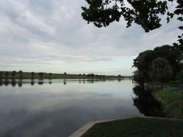 Okeechobee private fishing camp