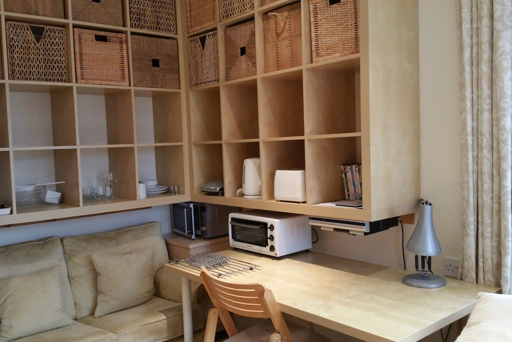 The Bed Sit Own Shower Sauna Cooking Houses For Rent In Knutsford United Kingdom