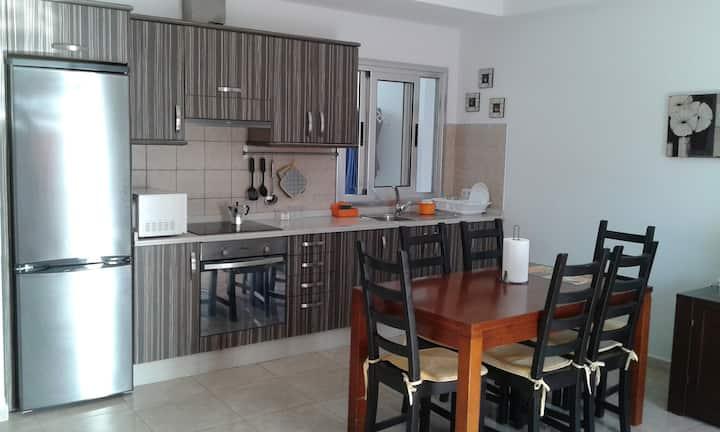 3 bedroom, 2 bathroom flat in Gran Tarajal