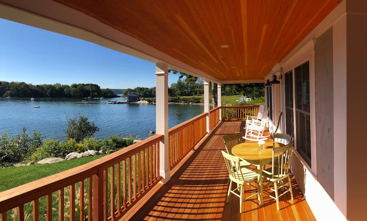 Oceanfront Maine Cottage newly built