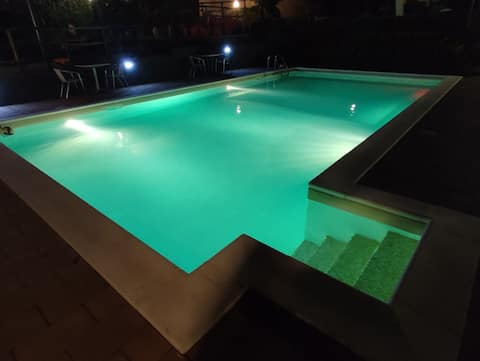 Tiny house san Mauro pool, garden and party
