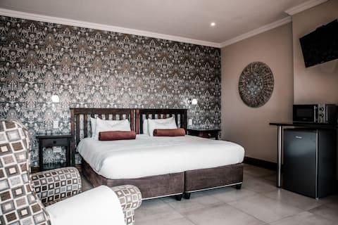 Pine Haven Bed and Breakfast - Standard Room