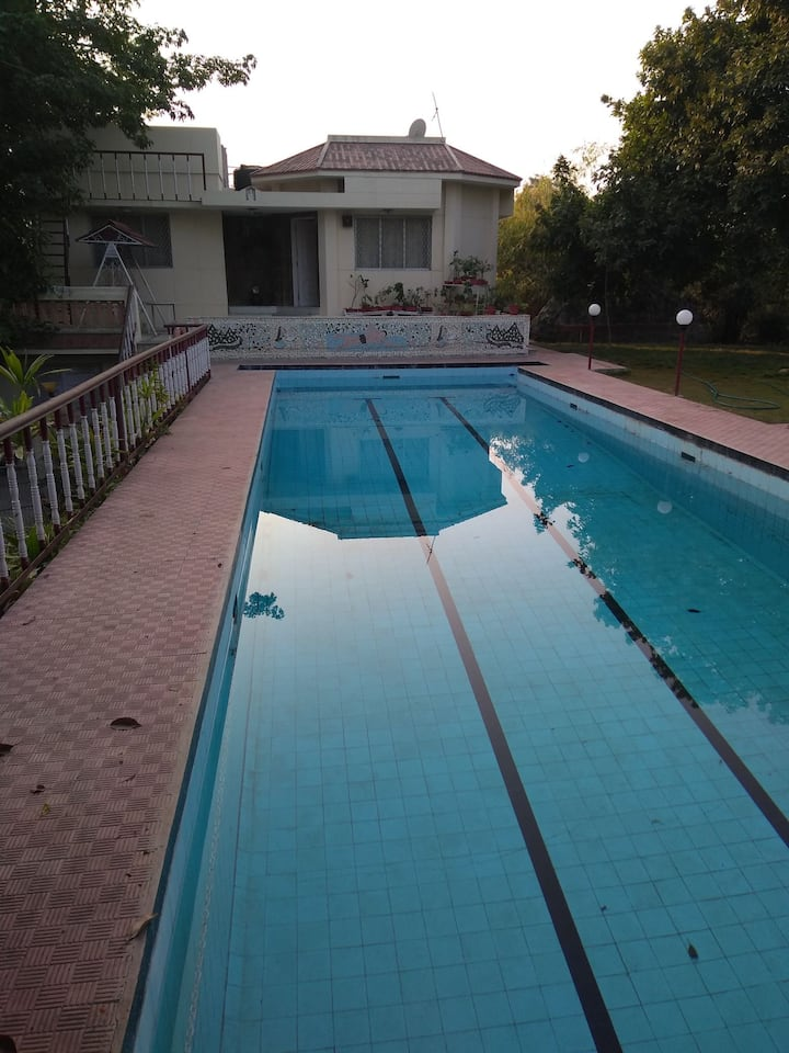 Farm stay - swimming pool, fresh fruits & cow milk
