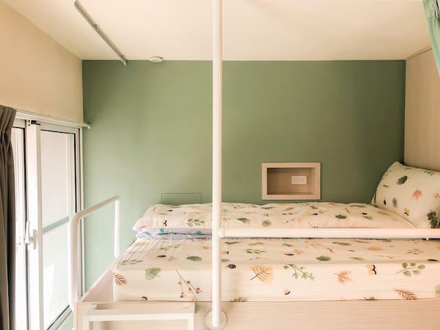 OROK【六人包間】上下鋪/近文化路夜市/single bed/Nightmarket