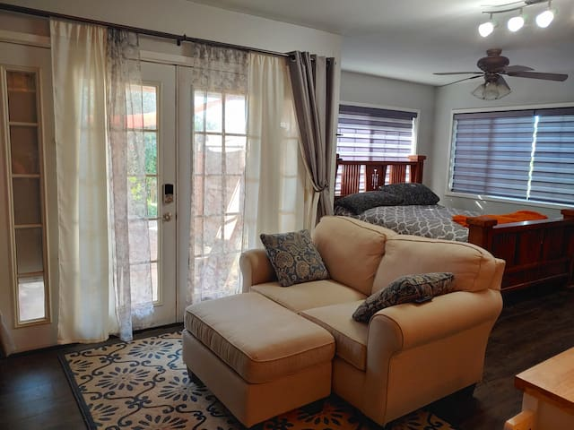 Peaceful Fallbrook Country Views - Haven for pets