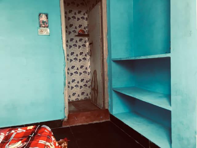 Stay at Private room in Davanagere @1924/4