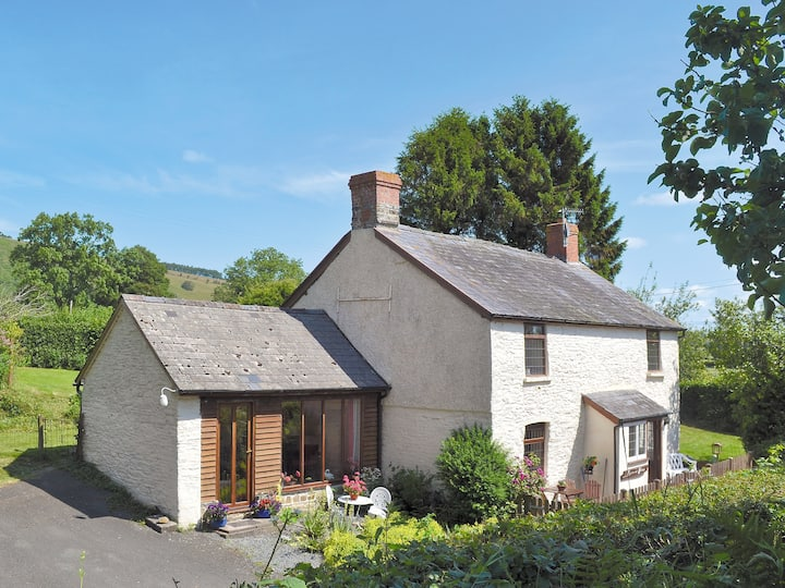 Forget Me Not Cottage (W2126)