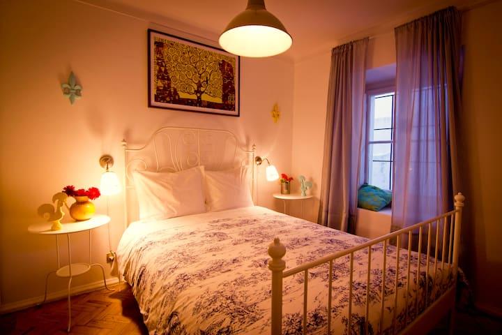 Cascais Boutique Hostel - Room 2