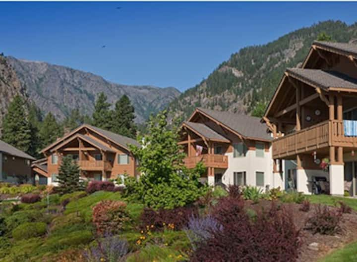 Worldmark Leavenworth 2B/2Ba Resort condo In town