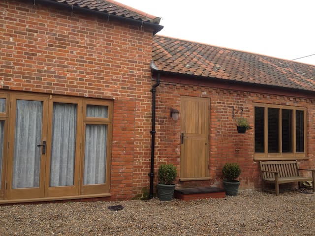 The Barnhouse, Felmingham, Norfolk - North Walsham - Hus