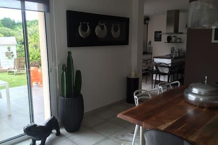 Maison design à 5 min de Lorient et plages - Quéven - 단독주택