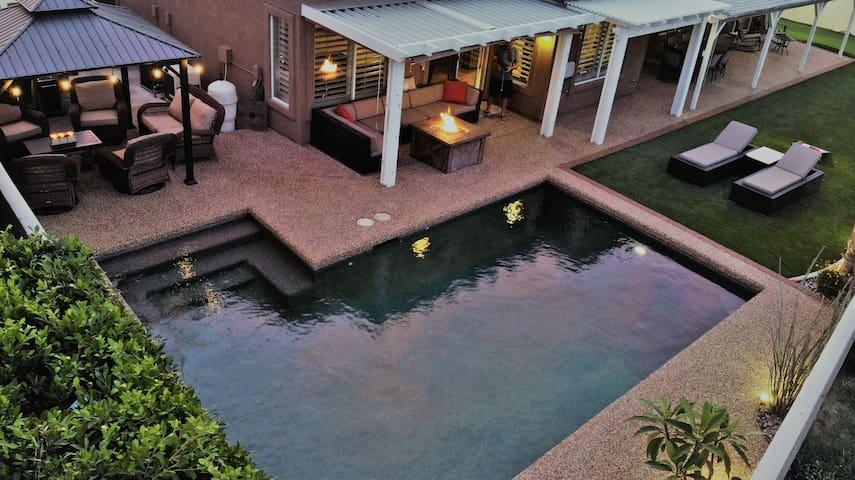 Pool home near Indian Wells BNP Tennis/Golf Trips.