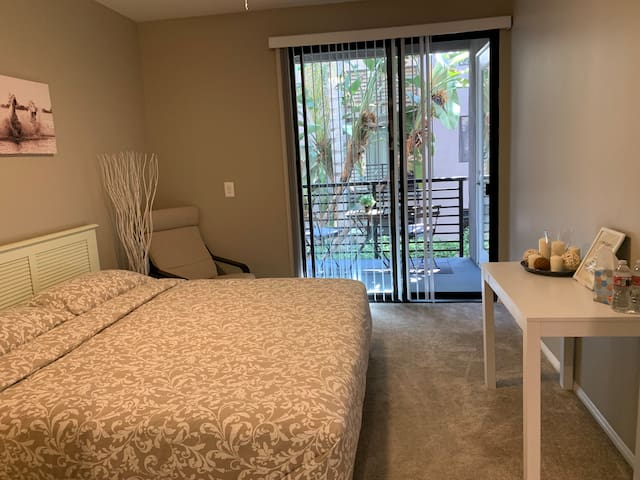 Private bedroom+bath 5 min from UNIVERSAL STUDIOS