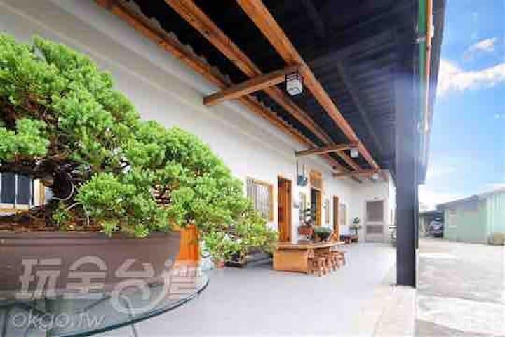 2.*Legend TeaHouse BnB*阿里山傳說茶園民宿4人房Quad (Classic )