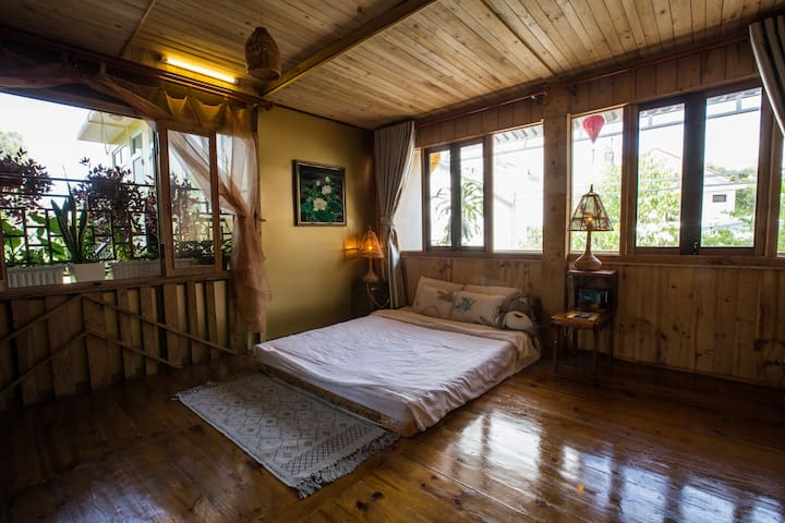 Hillside homestay Hue - Meditation studio