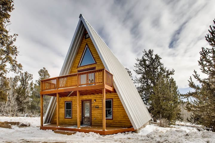 You Will LOVE This Adorable Luxurious Cabin - 3bedrm/3 bath-Moose Creek Lodge