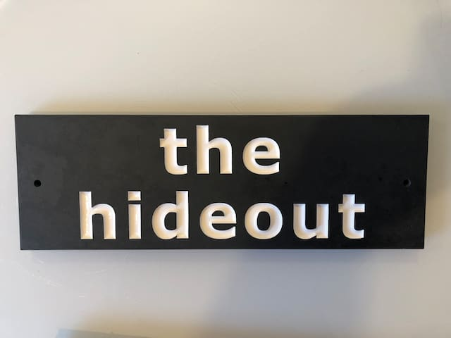 The Hideout .. close to town, beaches and eateries