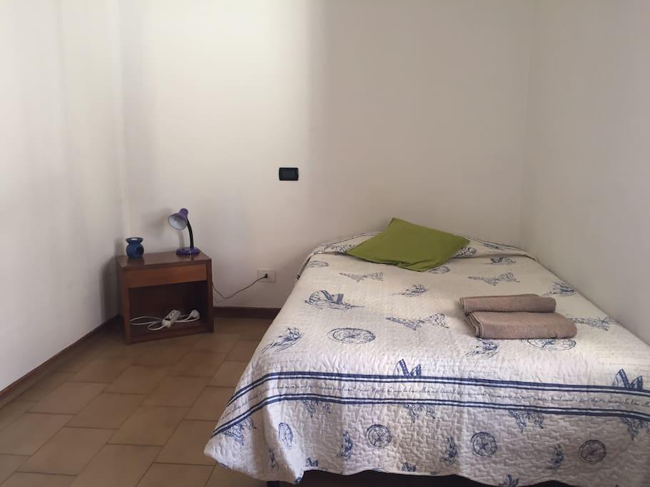 Stanza privata centro storico appartamenti in affitto a for Stanze in affitto modena