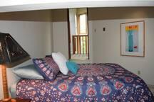 Loft Queen Bedroom, adult twin/trundle in loft area features stunning 360 degree views.