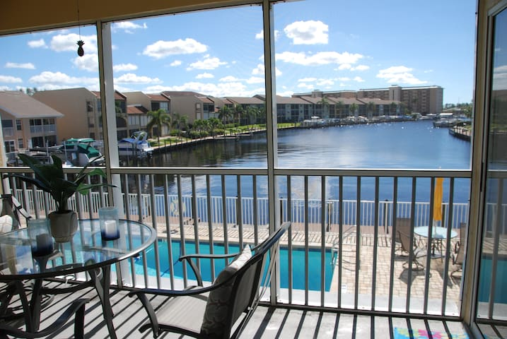 BEACH PARKWAY CONDO AWESOME WATERFRONT VIEW!!!