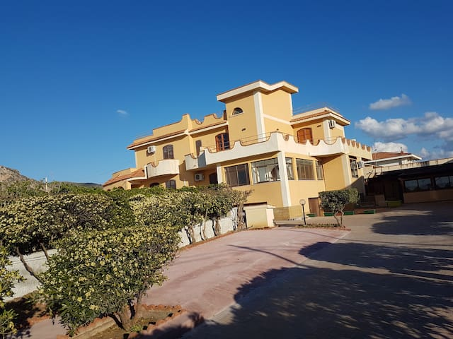 B&B VILLA ROSA - Bagheria - Bed & Breakfast