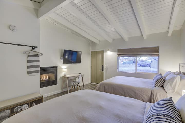 Brand New Boutique Stay - Stateline, Heavenly, Beach - South Lake Chalet 11