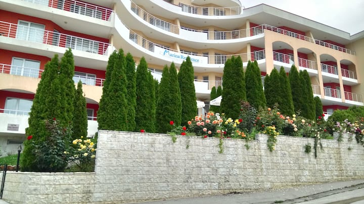 Marina Residence Apartments in Kavarna
