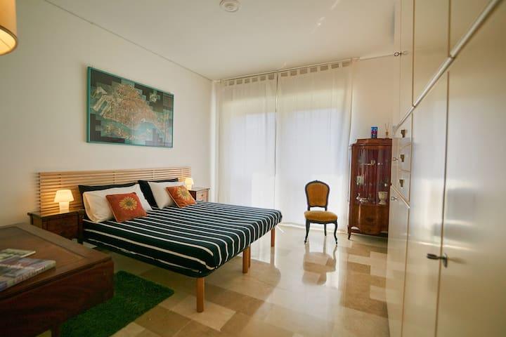 Camera da letto – letto matrimoniale separabile a richiesta