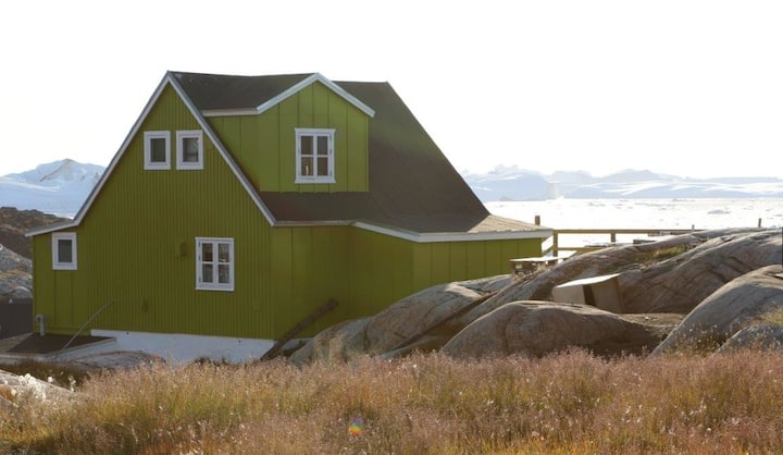 Greenland house with iceberg view!