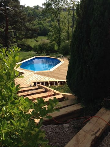 Chalet Chant d'oiseau, true holiday getaway & Pool - Beaulieu-sur-Dordogne - Huis