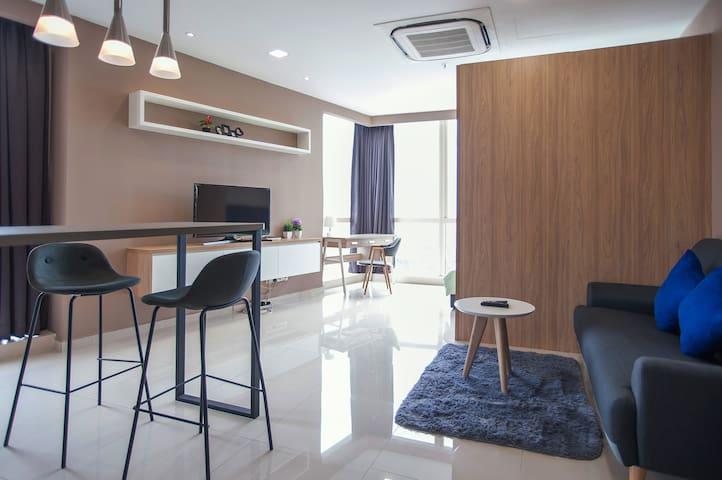 (1) Pinnacle Studio heart of Petaling jaya