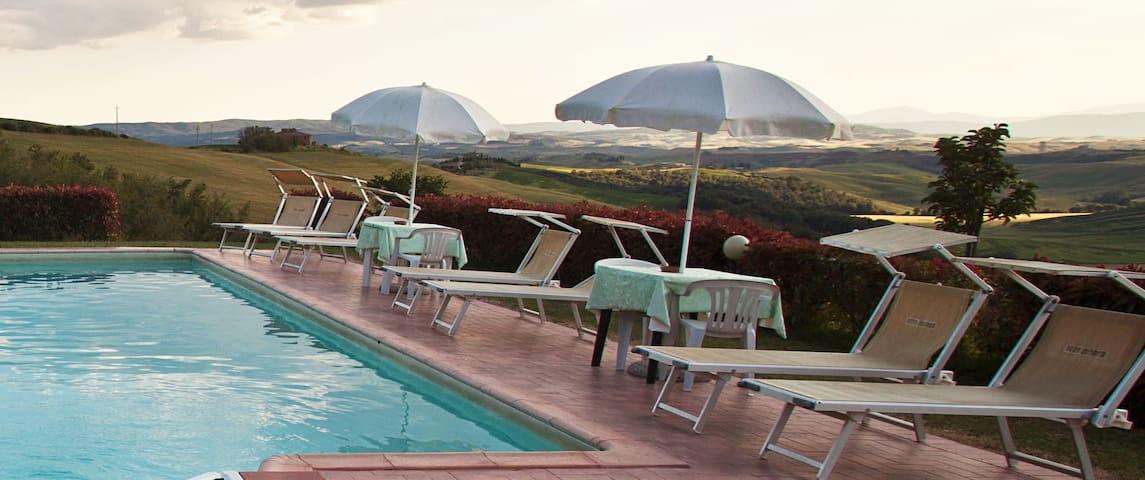 """""""La Magnolia"""" appartamento trilocale con piscina"""