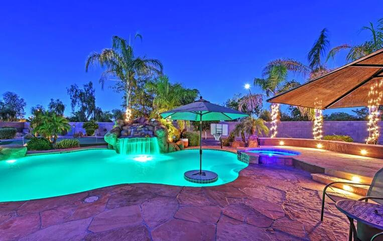 4BR Litchfield Park House w/Pool! - Litchfield Park - Casa