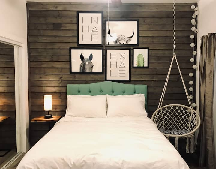 New Stunning Guest House near Disney & more!