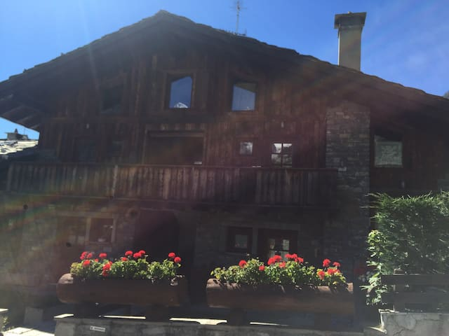 Charming and cosy flat Courmayeur - Courmayeur - Departamento