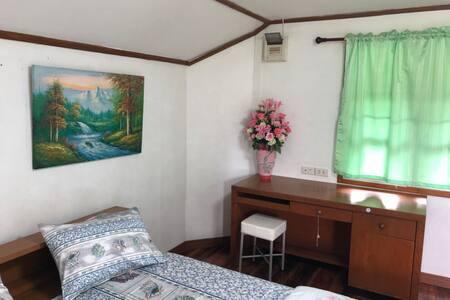 Baansuan Resort - Standard Duplex 1