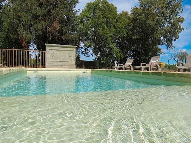 Holiday house on the canal du midi, Departement Aude, private pool