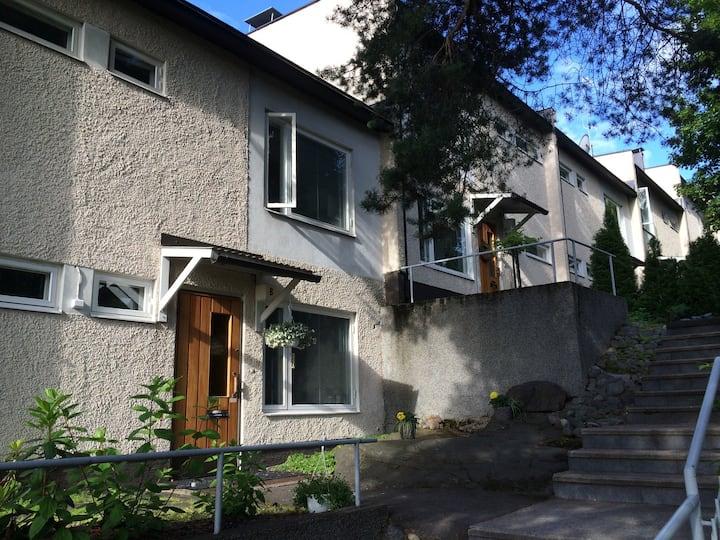 Beautiful Scandinavian 3BR house close to seaside