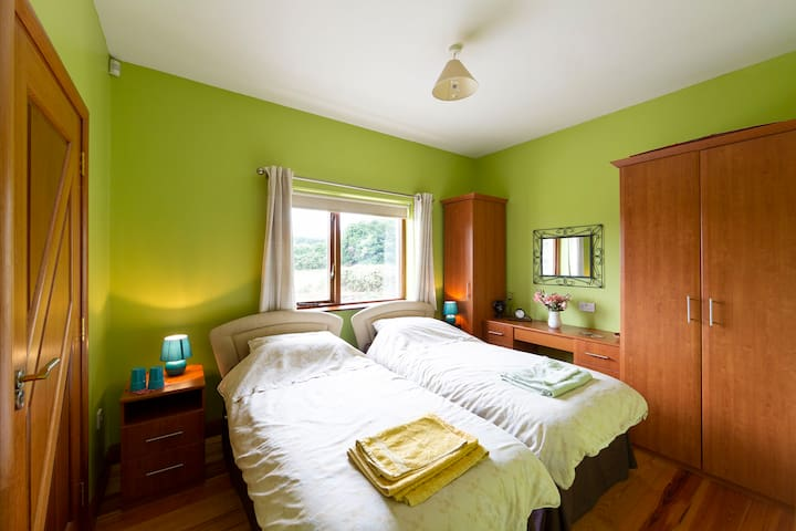Ensuite bedroom, the 2 single beds can be joined together on request.