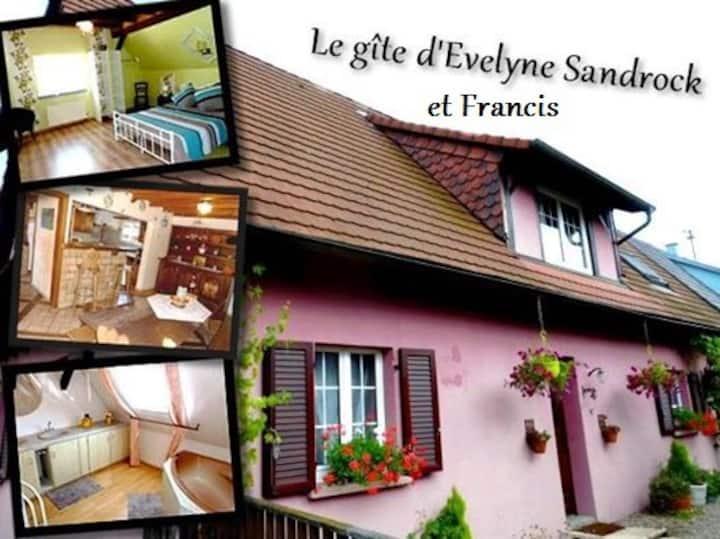 Alsace Gîte rose proche Rastatt 3 chambres 5 lits.