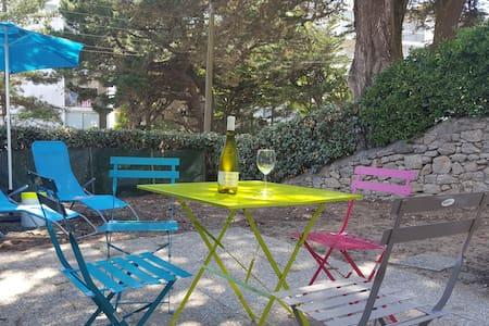 Joli appartement avec jardin 50 m de la mer - Appartamento