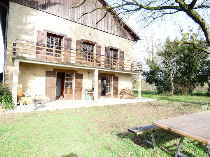 Newly Refurbished 6-Bed Gite in Sariac-Magnoac