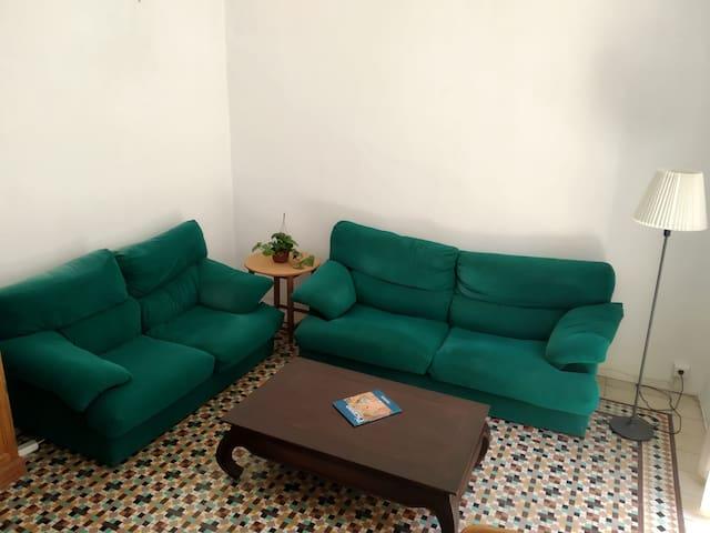 Flash Habitación exterior - Malaga Carreteria