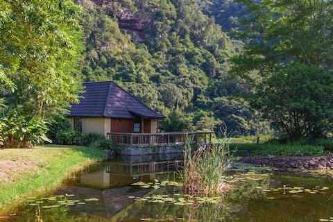 luxury family lodge 6