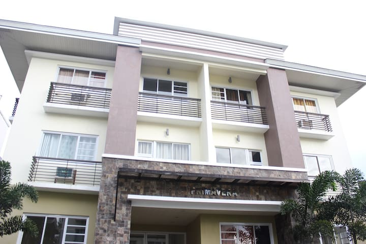Studio Unit in Tropical Greens, Tagaytay