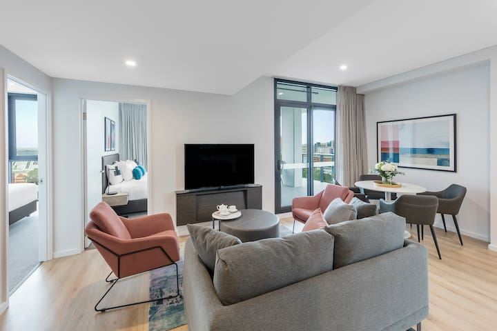 Spacious Two Bed Apartment in central Adelaide