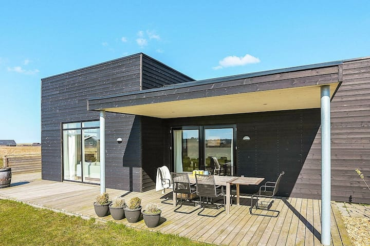 Captivating Holiday home in Løkken with Whirlpool
